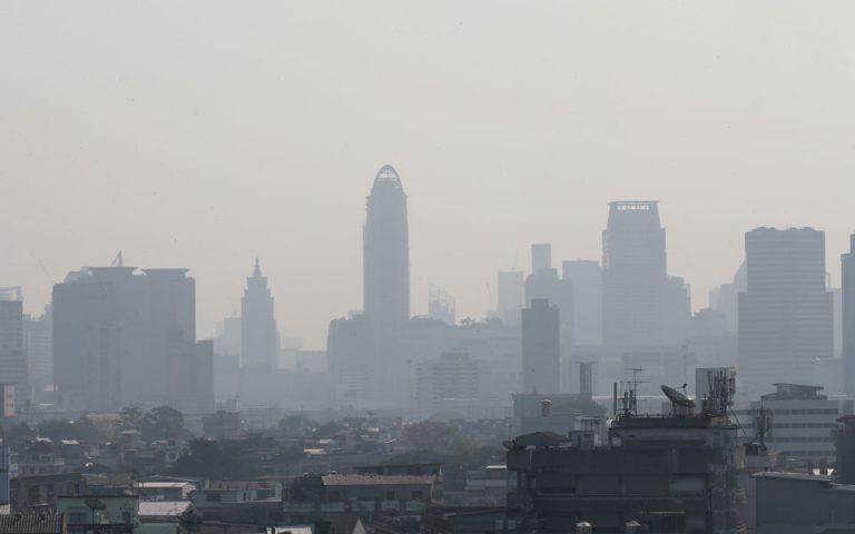 Έρευνα: Η ρύπανση του αέρα επιδεινώνει τα συμπτώματα της ρινίτιδας