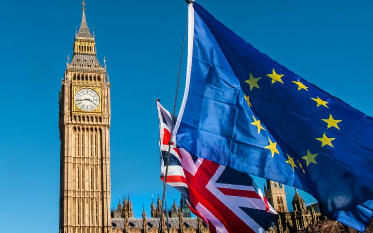 Brexit: Συμφωνία πάρομοια με την CETA θα επιδιώξει το Λονδίνο