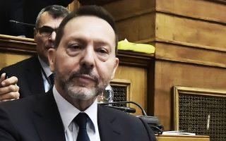 Μιλώντας στην Επιτροπή Οικονομικών Υποθέσεων της Βουλής, ο διοικητής της ΤτΕ Γ. Στουρνάρας τόνισε ότι η ΕΚΤ και η Κομισιόν τάσσονται υπέρ της δημοσιονομικής επέκτασης, κάτι που βοηθάει το αίτημα της Ελλάδας για μείωση του στόχου του πρωτογενούς πλεονάσματος.
