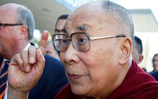 o-dalai-lama-ekleise-80-chronia-os-pneymatikos-igetis-toy-thivet0
