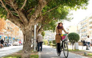 Το ποδήλατο είναι το αγαπημένο μέσο των ντόπιων, ιδιαίτερα για τις διαδρομές στο κέντρο της πόλης. (Φωτογραφία: Κωστής Σωχωρίτης)