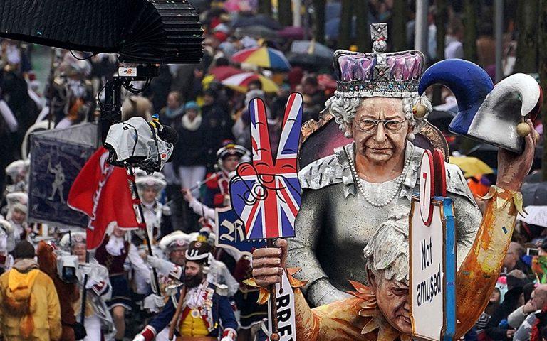Brexit: Το Λονδίνο απειλεί με απόσυρση από τις διαπραγματεύσεις με την Ε.Ε.