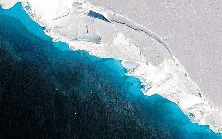 Ρομπότ αναζητεί τα μυστικά της τήξης γιγάντιου παγετώνα