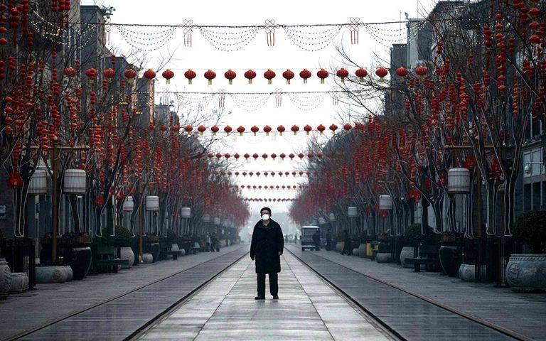 Γράμμα από το Πεκίνο: Η Editor-in-Chief της Vogue China για τη διαχείριση της κρίσης στην υγεία