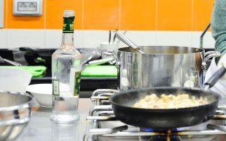 insete-i-gastronomia-os-paragontas-employtismoy-tis-taxidiotikis-empeirias0