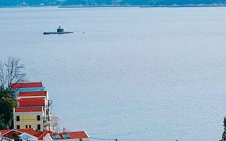 Στην άσκηση «Αναπνευστήρ», η οποία πραγματοποιήθηκε από τις 12 έως τις 22 Φεβρουαρίου στη θαλάσσια περιοχή του συνόλου σχεδόν του Νοτίου Αιγαίου από τα Κύθηρα έως το Καστελλόριζο, συμμετείχαν όλα τα υποβρύχια, φρεγάτες και ελικόπτερα του πολεμικού ναυτικού και αμερικανικά αεροσκάφη ναυτικής συνεργασίας.