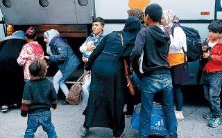 Από τις 27 Ιανουαρίου έως και τις 2 Φεβρουαρίου 677 άτομα έφυγαν από τα νησιά προς τον Πειραιά.