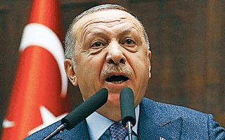 Ο Ταγίπ Ερντογάν στη χθεσινή ομιλία του ενώπιον της κοινοβουλευτικής ομάδας του κόμματός του, στην Αγκυρα.