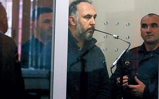 O Τούρκος υπήκοος Σελαμί Σιμσέκ δικάζεται στην Αλβανία, ενώ η Τουρκία ζητεί την έκδοσή του.