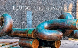 Η Bundesbank έχει προειδοποιήσει τις εξαγωγικές επιχειρήσεις της χώρας ότι θα δεχθούν πλήγμα από τη μετάδοση του κορωνοϊού.