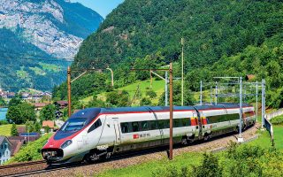 Το συνταξιοδοτικό ταμείο του Ταμιευτηρίου στο Κεμπέκ, που ελέγχει το 32,5% της μονάδας σιδηροδρόμων της Bombardier, έχει ήδη συναινέσει να εκποιήσει το μερίδιό του στην Alstom.
