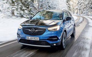 Το νέο Opel Grandland X Hybrid4 αναμένεται στην Ελλάδα περί τα τέλη Μαΐου.