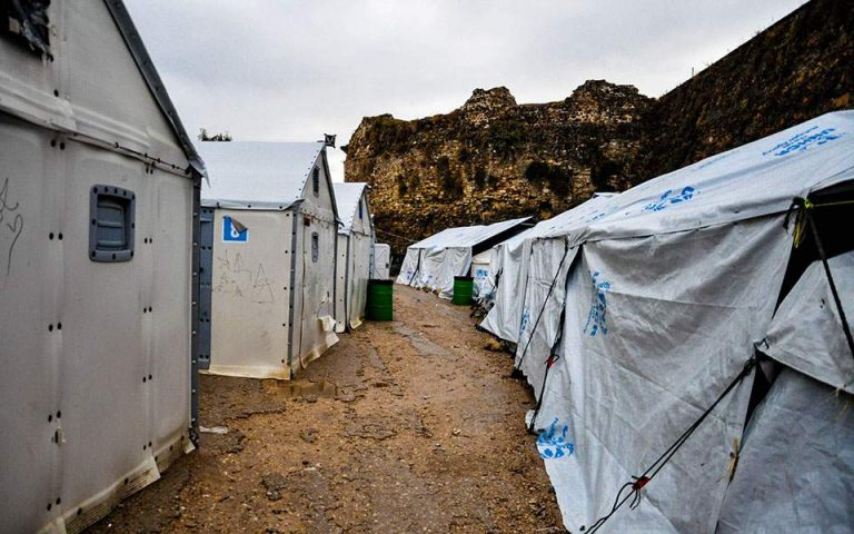 Χίος: Οργισμένοι οι πολίτες με την απόβαση ΜΑΤ στο λιμάνι Μεστών