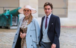epa08200753 (FILE) - Britain's Princess Beatrice of York (L) and her betrothed Edoardo Mapelli Mozzi arrive for the wedding ceremony of the Prince Napoleon Countess Arco-Zinneberg  at the Saint-Louis-des-Invalides cathedral at the Invalides National Hotel in Paris, France, 19 October 2019 (reissued 07 February 2020). According to media reports, Princess Beatrice and Eduardo Mapelli Mozzi's wedding will take place on 29 May 2020, as the Buckingham Palace announced.  EPA/CHRISTOPHE PETIT TESSON *** Local Caption *** 55561153