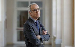 «Απεχθάνομαι τους οικονομολόγους που σπεύδουν να κρίνουν την κατάσταση σε μια χώρα πριν καν το αεροπλάνο τους προσγειωθεί στην πρωτεύουσα», λέει ο Ζαν Πισανί-Φερί.