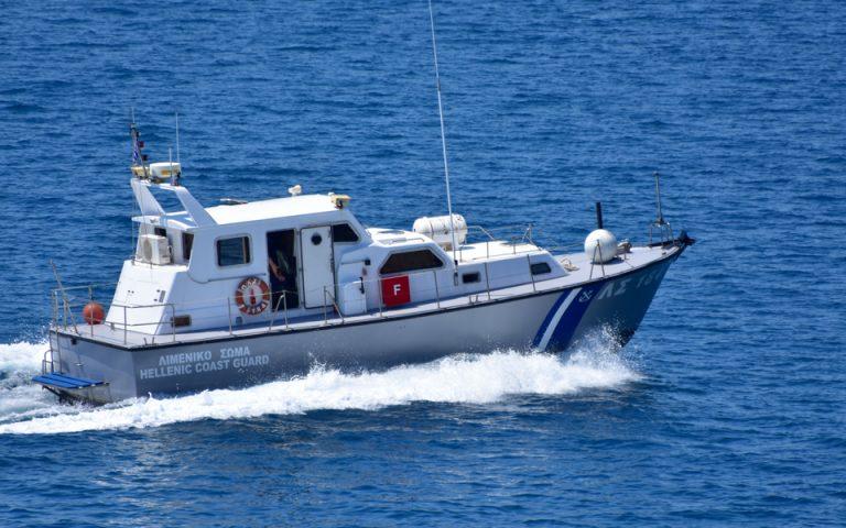 Σπείρα διακινούσε με ιστιοφόρο αλλοδαπούς από την Ελλάδα στην Ιταλία έναντι 4.000 ευρώ ανά άτομο