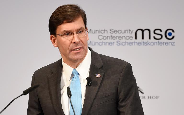 Αμερικανός υπουργός Αμυνας: Η Ουάσιγκτον δοκιμάζει εναλλακτικές λύσεις στην κινεζική τεχνολογία 5G