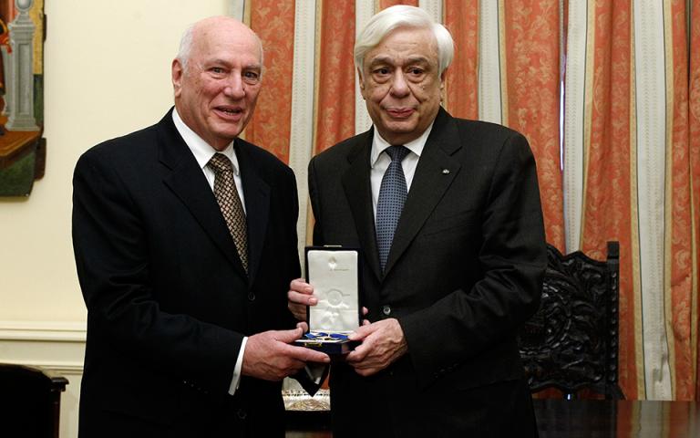 Ο Πρόεδρος της Δημοκρατίας επέδωσε στον Χ. Ζερεφό το Παράσημο του Ταξιάρχη του Τάγματος της Τιμής