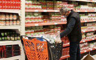 Την τρίτη εβδομάδα με κρούσματα κορωνοϊού στην Ελλάδα καταγράφηκε αύξηση των πωλήσεων πάνω από 100% σε 19 κατηγορίες προϊόντων.