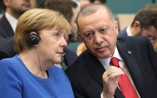 Τηλεφωνική επικοινωνία με την Αγκελα Μέρκελ είχε χθες ο Ταγίπ Ερντογάν. A.P.