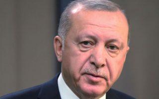 Ο κ. Ερντογάν φαίνεται να χάνει το παιχνίδι ανατολικώς του Ευφράτη από τις ΗΠΑ και δυτικώς της Ρωσίας.