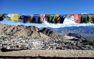 Η θέα στην πόλη Leh από το παλάτι, που βρίσκεται στον λόφο Namgyal. (Φωτογραφία: Νένα Δημητρίου)