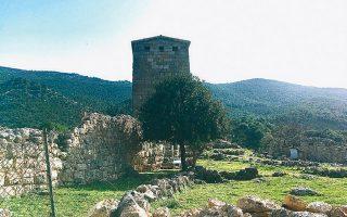 Ο εντυπωσιακός αρχαίος πύργος στα Αιγόσθενα.