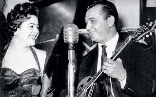 Μανώλης Χιώτης και Μαίρη Λίντα, την εποχή της μεγάλης επιτυχίας τους.