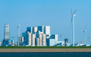 Η RWE διαθέτει συνολικό χαρτοφυλάκιο περίπου 46 GW εγκατεστημένης ισχύος. Μετά την ολοκλήρωση της συναλλαγής με την E.ON, η εγκατεστημένη ισχύς της RWE από ΑΠΕ θα είναι μεγαλύτερη από 9 GW.