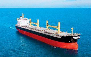 Κατά τη διάρκεια του δωδεκαμήνου έως τον Μάρτιο του 2020, ο ελληνόκτητος στόλος ελαττώθηκε ελαφρώς όσον αφορά τον αριθμό των πλοίων, αλλά αυξήθηκε όσον αφορά τη χωρητικότητα τόσο σε DWT (χωρητικότητα εκτοπίσματος) όσο και σε GT (ολική χωρητικότητα).