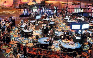 Δύσκολη είναι η κατάσταση στα καζίνο, που ήδη αντιμετωπίζουν προβλήματα. Εκτιμάται ότι χάνουν σε καθημερινή βάση πονταρίσματα ύψους 4,6 εκατ.