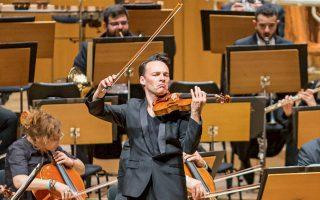 Με ισχυρό αλλά σκληρό ήχο και μεγάλη σιγουριά απέδωσε ο Λίνους Ροτ το Κοντσέρτο για βιολί του Μπετόβεν.