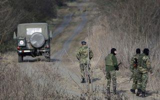 Δυνάμεις του στρατού και της αστυνομίας αναπτύσσονταν χθες στις όχθες του ποταμού Εβρου.