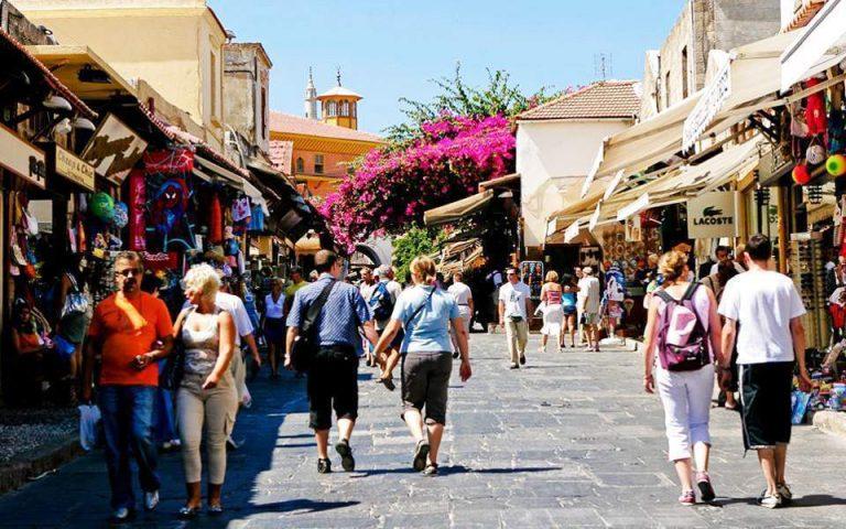 Στο πρώτο δεκαπενθήμερο του Μαΐου το πακέτο στήριξης του τουρισμού
