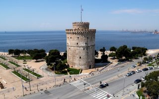 A general view of the White Tower and the seaside promenade during a nationwide lockdown to prevent the spread of the coronavirus disease (COVID-19) outbreak, in Thessaloniki, Greece, April 27, 2020. REUTERS/Murad Sezer