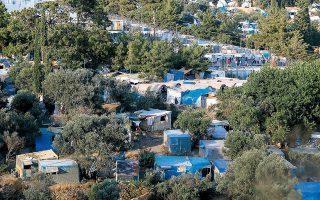 Η Υπατη Αρμοστεία του ΟΗΕ κατέγραψε σε κέντρα υποδοχής και ταυτοποίησης στα νησιά περίπου 2.300 άτομα τα οποία ανήκουν σε ευπαθείς ομάδες ως προς τον COVID-19.