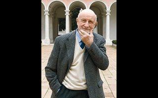 «Η μεγάλη κληρονομιά του ήταν η υπεράσπιση της πόλης και των περιχώρων της. Ως δάσκαλος ήταν βαθυστόχαστος και αυθεντικός», δήλωσε για τον Βιτόριο Γκρεγκότι (1927-2020) ο Ρέντσο Πιάνο.