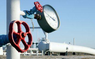 Από τα πρώτα έργα που θα «τρέξει» ο ΔΕΣΦΑ είναι η κατασκευή μετρητικού και ρυθμιστικού σταθμού στην περιοχή Περδίκκα Εορδαίας (3 εκατ. ευρώ) για την έξοδο του φυσικού αερίου από τον αγωγό Tap στη Δυτική Μακεδονία.