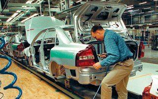 Ολα τα μεγάλα εργοστάσια αυτοκινήτων σε Ευρώπη και Βόρεια Αμερική έχουν σταματήσει την παραγωγή από τον Μάρτιο.