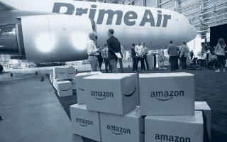 Oι μεγάλες ψηφιακές πλατφόρμες επωφελούνται τα μέγιστα από τα περιοριστικά μέτρα. Η Amazon ανακοίνωσε προσλήψεις 275.000 υπαλλήλων.