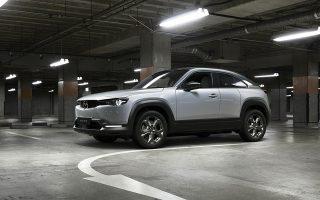Η νέα τεχνολογία ηλεκτροκίνησης e-Skyactiv της Mazda εξασφαλίζει στο Mazda MX-30 αυτονομία της τάξεως των 200 χιλιομέτρων.