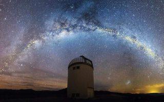 nea-airetiki-ereyna-gia-to-sympan-me-epikefalis-nearo-ellina-astrofysiko-2372766