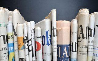 """«Οι αναγνώστες έχουν και οι ίδιοι ευθύνη για τα ΜΜΕ, αφού με τις προτιμήσεις τους ως """"καταναλωτές ειδήσεων"""" καθορίζουν την, υψηλή ή χαμηλή, θέση που αυτά κατέχουν: στην κυκλοφορία, στην τηλεθέαση, στα κλικ», λέει η Σίσσυ Αλωνιστιώτου, διευθύντρια του Journalists about Journalism. SHUTTERSTOCK"""
