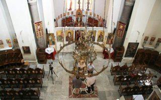 iera-synodos-kritis-theia-leitoyrgia-me-pistoys-stis-17-ma-oy0