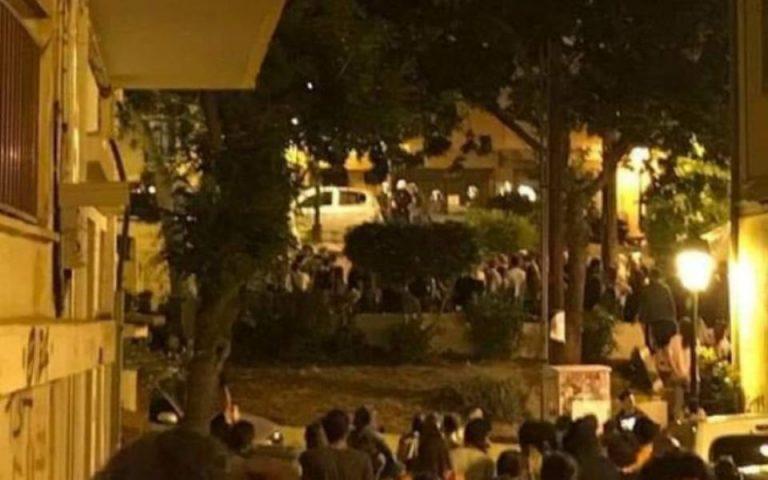 Επέμβαση της αστυνομίας και ένταση σε πλατεία της Θεσσαλονίκης χθες το βράδυ