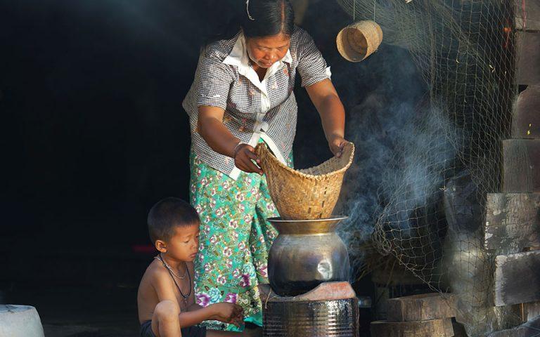 Επιπλέον 60 εκατ. φτωχούς δημιουργεί η κρίση του κορωνοϊού