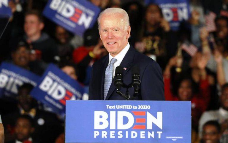 Οι «εισπράξεις» Δημοκρατικών – Ρεπουμπλικάνων από την προεκλογική εκστρατεία τον Απρίλιο
