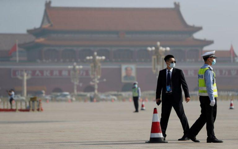 Κίνα: «Κατανοητή η κριτική» για τη διαχείριση της κρίσης του κορωνοϊού