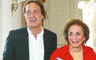 Ο Νίκος Σταμπολίδης με την αείμνηστη Ντόλλυ Γουλανδρή.