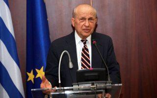 Ο Ευγ. Ρωσσίδης εθωρείτο ο αρχιτέκτονας του εμπάργκο αμερικανικών όπλων στην Τουρκία.